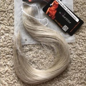 """""""Halo"""" hair extensions"""